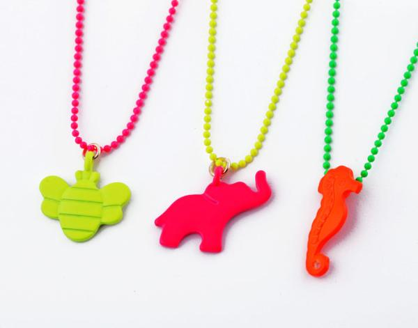 Bee Sea Horse Elephant Fashion Neon Candy Color Animal Women's Necklace N704(China (Mainland))