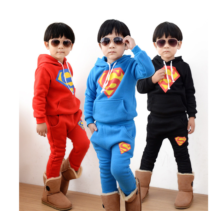 new winter style plus thick children superman sport suits clothing set kids child cotton clothes set for baby boys 2pics/set(China (Mainland))