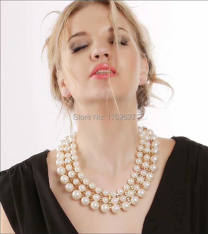 Direct selling real lady Accessories Top fashion gold multilayer perfectly round pearl beaded short Chokers chains necklaces(China (Mainland))