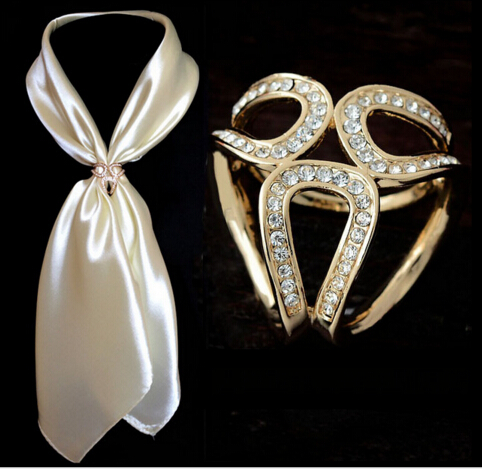Fashion Famous Brand Gold Silver Broche Pin Wedding Brooch Holder Silk Scarf Clips Crystal Flower Lapel Pins For Women Broaches(China (Mainland))