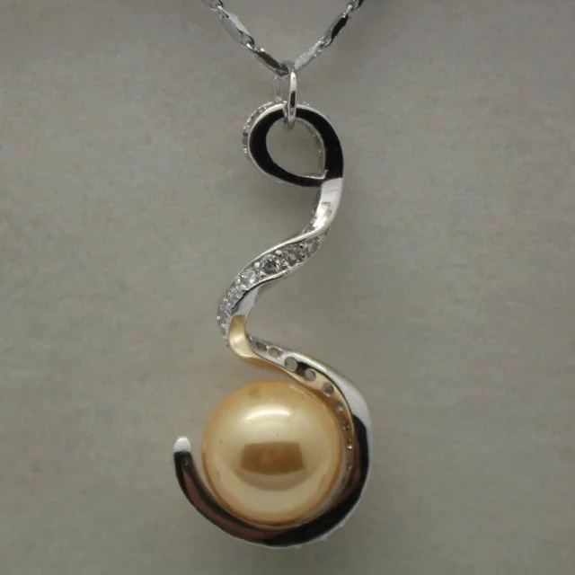 lady's silver plated nice designed 12mm golden shell pearl bead pendant(China (Mainland))