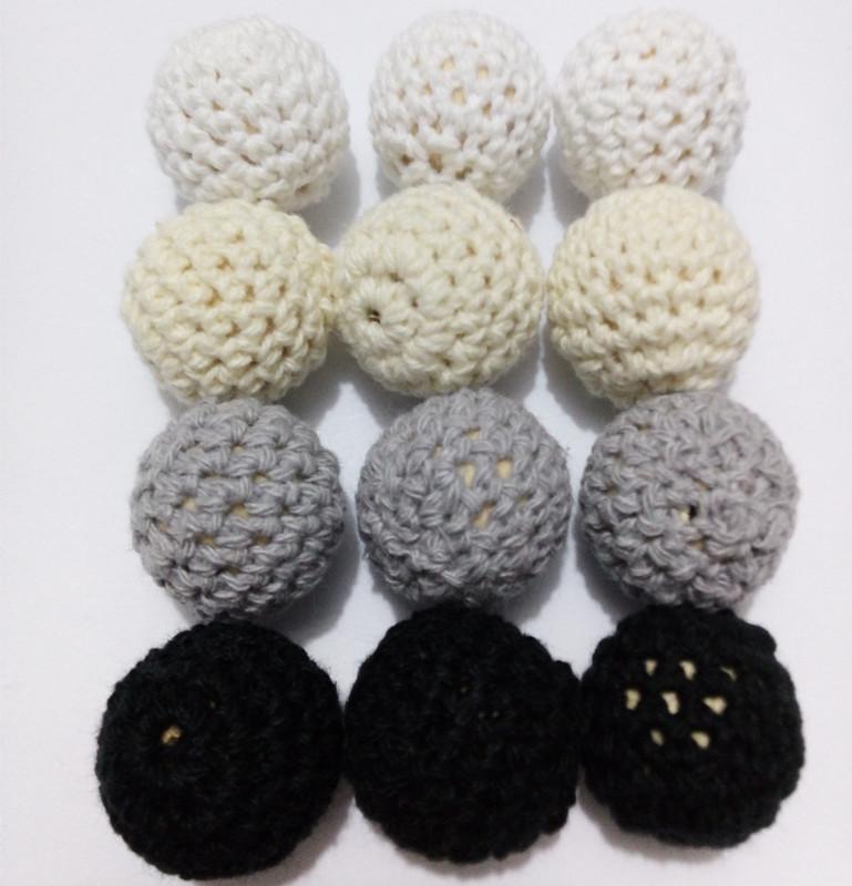 20pcs/lot Crochet Round Wooden Beads 20mm Black Grey White Cream Mix Wood Beads chunky crochet beads baby teething toys(China (Mainland))