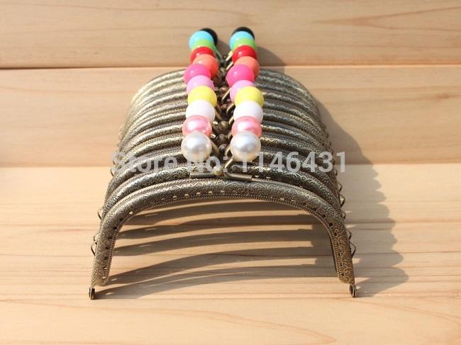 Здесь можно купить  12.5cm 20pcs/lot coin purse clutch metal frames11 colors choose metal purse frame handles for handbags kiss lock clasp S0037  Камера и Сумки