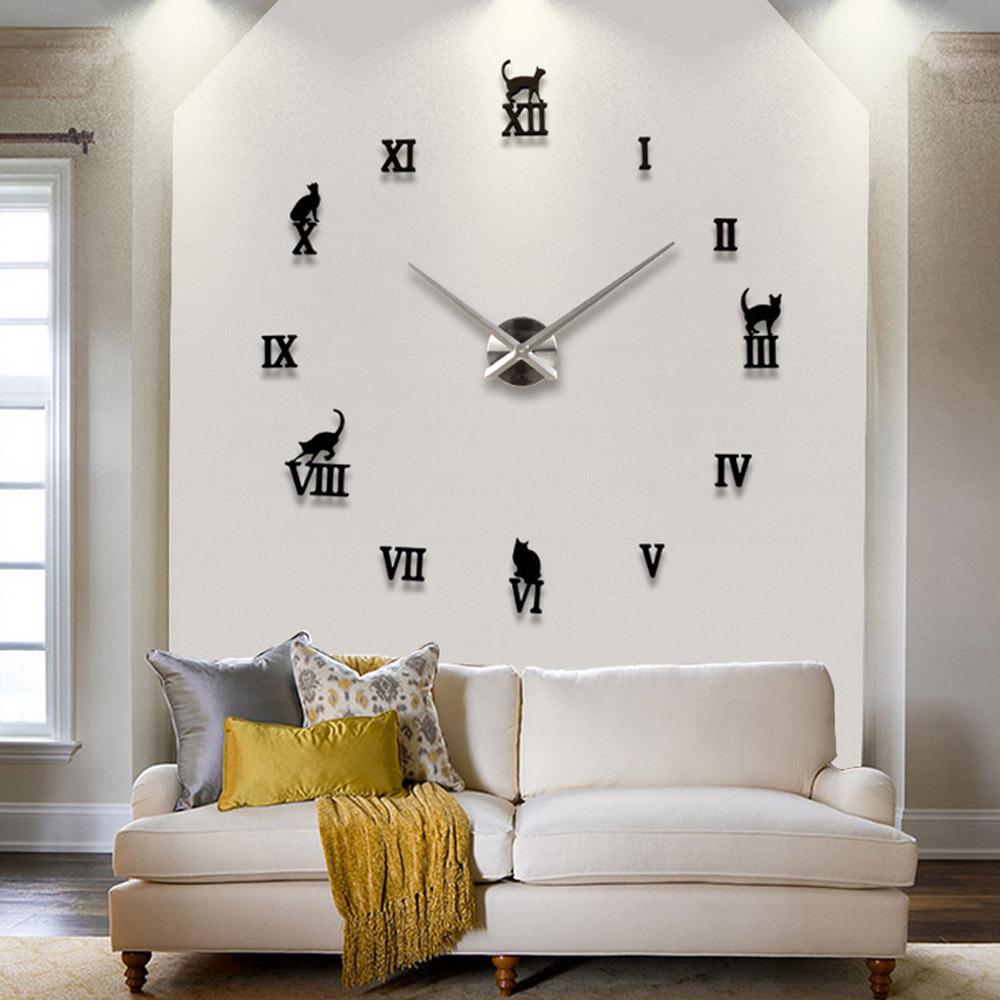 отличие спортивного как сделать часы встроенные в стену избавиться