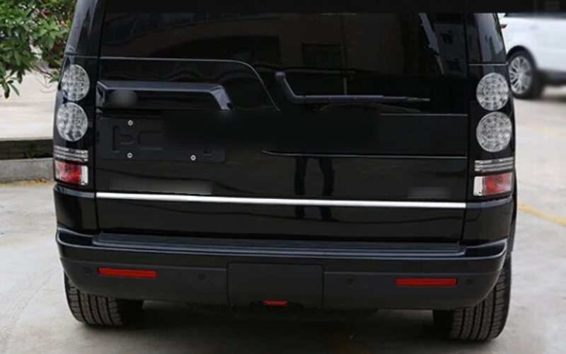 Rear Door Botton Trunk Lid COVER TRIM 1pcs For Land Rover LR4 Discovery 4  2010 2011 2012 2013 2014 2015 <br><br>Aliexpress