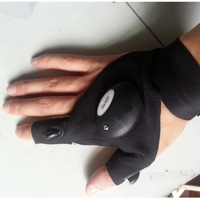 Sports Glow Gloves Men Outdoor Auto Repair Fishing Glove Lighting Artifact Cotton Half Finger Gloves ONE SIZE(China (Mainland))