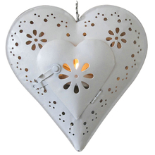 1 X metal heart shape Candlestick Wedding Home Decor Hang Candle Holders Romantic Candle Holders 061133(China (Mainland))
