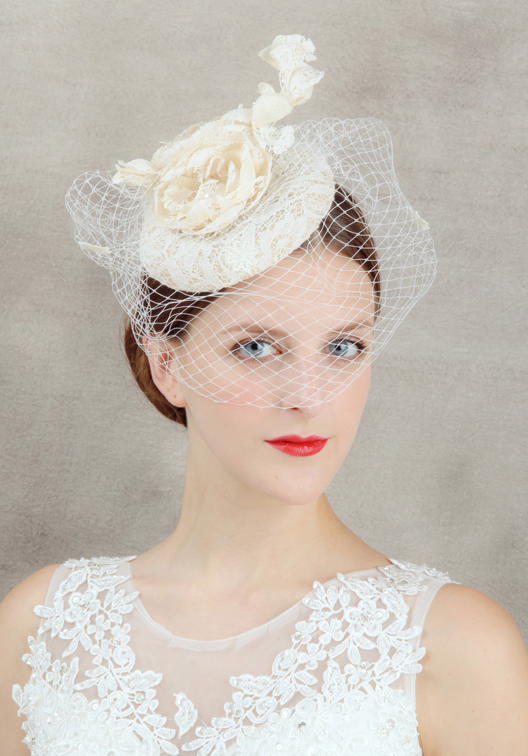 2015 New Coming Lace Coverd Sinamay Base Flower Fascinator Hat For Wedding Party/Kentucky derby/Races(China (Mainland))