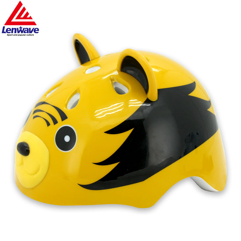 Kids Cycling Helmet Adjust Ultralight Bicycle/Skates/Bike Safety Child Outdoor Sports 9 Air Vents Helmet Child Protective Gear(China (Mainland))