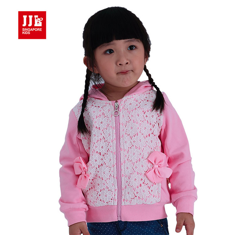 2015 spring and autumn hot sale baby girls fashion lace patchwork coats little girls outerwear with hats PQA4079(China (Mainland))