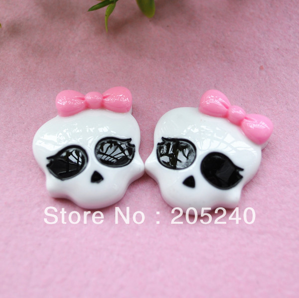Free shipping! very hot and kawaii flat back resin skull 20pcs 26*24mm(China (Mainland))