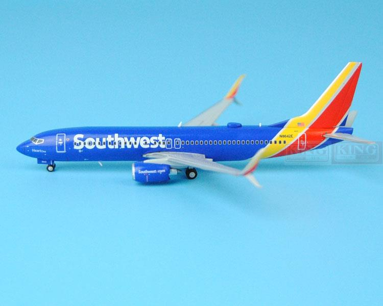 New: GJSWA1428 737-800/w Southwest Airlines N8642E 1:400 GeminiJets commercial jetliners plane model hobby(China (Mainland))