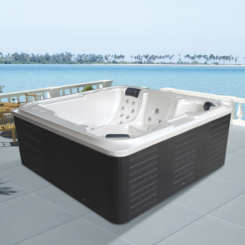 M 3363 outdoor luxury freestanding pool hot tub spa tub for Luxury hot tub