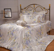 100% Mulberry Silk  Bedding 16.5 mm  4 pieces  set  King Queen twin full size light printed beige light pink colors customize(China (Mainland))
