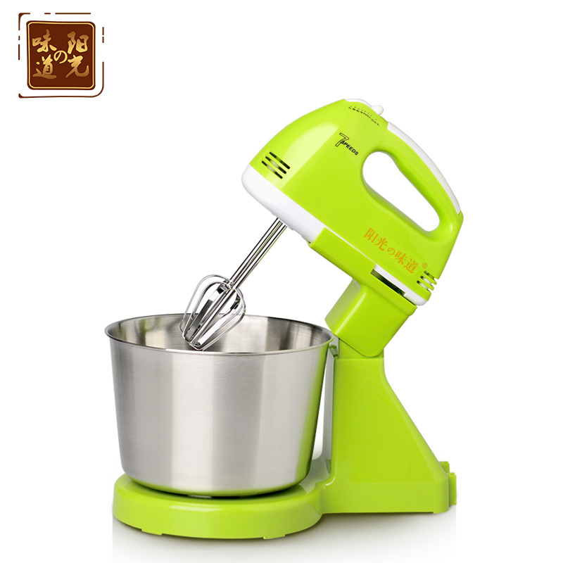 Priced at wholesale Desktop whisk automatic mini electric household hand mixer beat eggs bucket control ribbon(China (Mainland))