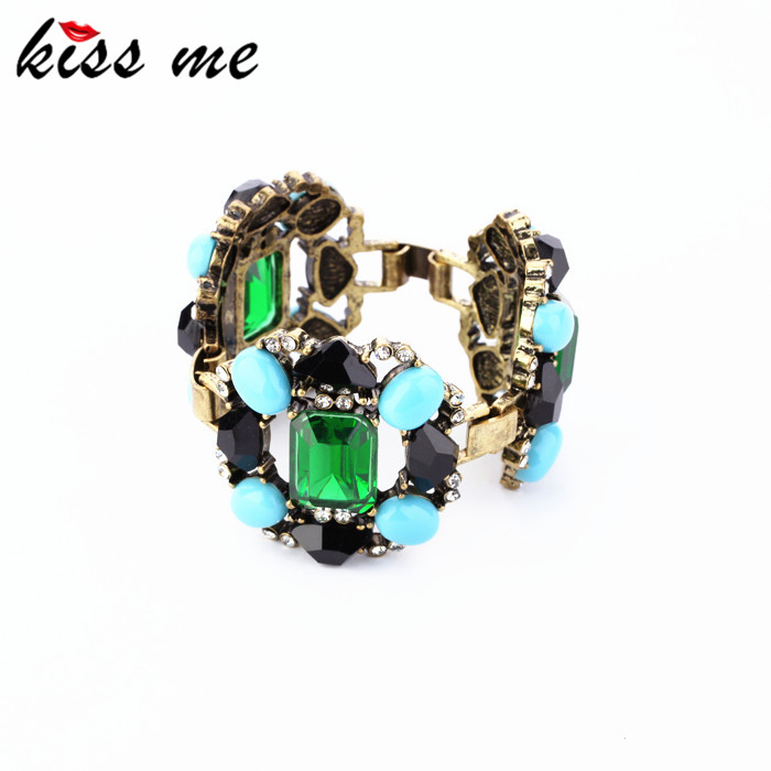 Fashion accessories luxurious emerald bracelet Factory Wholesale(China (Mainland))