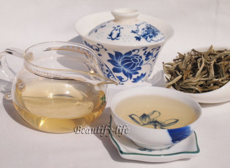 Top Quality 250g Silver Needle 2014 Fresh White Tea Baihao Yingzheng Anti aged Tea 100 natural