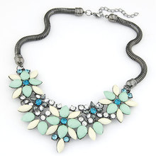 Statement necklace Fashion for Women 2015 Chocker Vintage Chain Crystal Rhinestone Necklaces & Pendants Women Accessories Gift (China (Mainland))