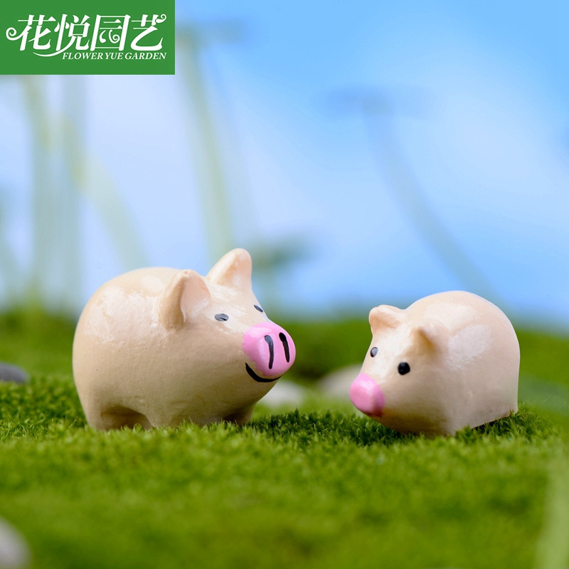 2015 New Hot Kawaii Crafts Miniature Garden Pig Mom And Pig Baby Fairy Animal Europe Miniature Fairy Figurines Animal(China (Mainland))