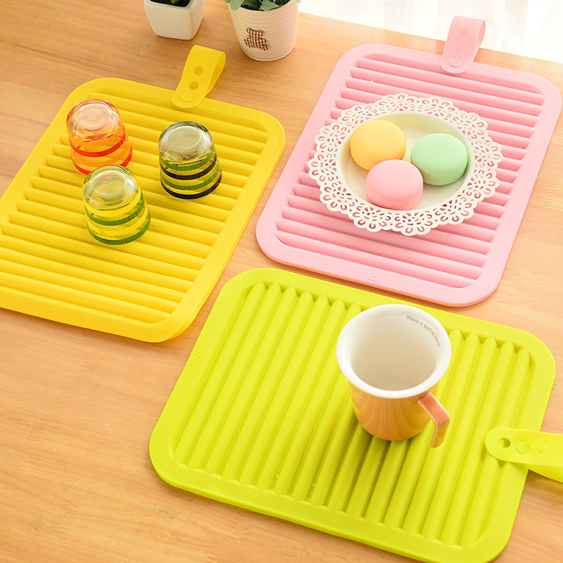 Household kitchen Silica gel Cup Pads Great Non-slip Insulation Pads Creative Can hang Cup Mats Table Mat Coaster(China (Mainland))