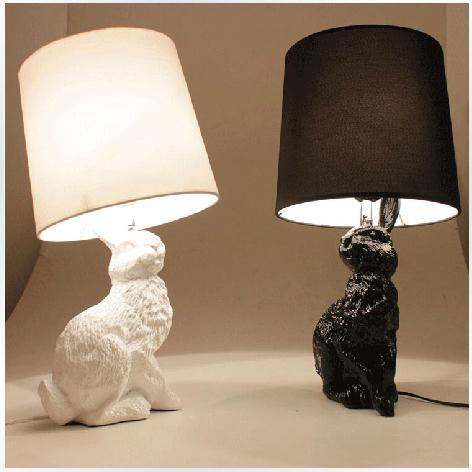 Creative resin decorative table lamp black white rabbit lamp Netherland moooi bedroom bedside lamp Fashion bedroom study abajour(China (Mainland))