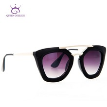 Queen College Vintage Brand Design Sunglasses Women Hot Selling Sun Glasses Metal Temple Oculos De Sol  UV400 QC0132(China (Mainland))