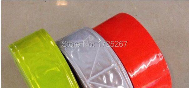 Free Shipping TM9821-4: V style 5cm *50m PVC Reflectors PVC Film Warning Strip Reflective Fabric Materials(China (Mainland))