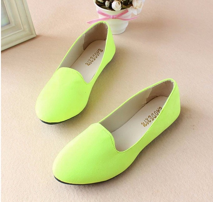 New Arrival Spring Style Women Sweet Flats Pointed Toe Fashion Design Flat Shoes Simple Soft Shoes Slip-on Colorful Sales Top