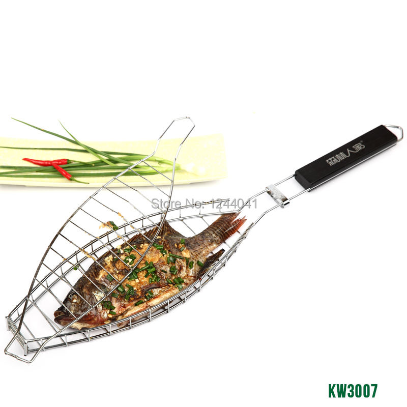 1 pc High Quality Durable One Fish Grilling Basket w/ Black Wood Handle Fish Grill Rack BBQ Grill Basket for Single Fish KW3007(China (Mainland))