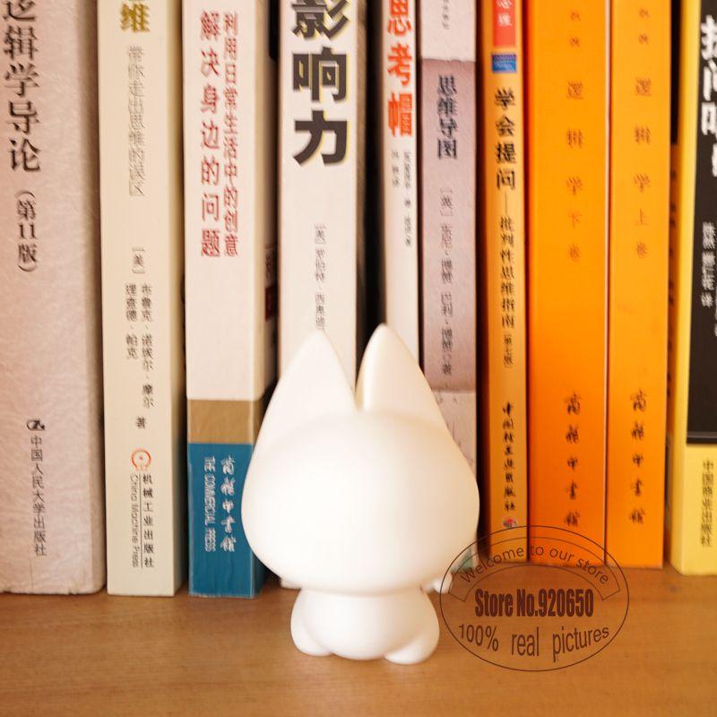 3 inch Kidrobot Marvel Series Mini Zhuai cat Vinyl Art Figure DIY medicom toy as a gift for boyfriends(China (Mainland))