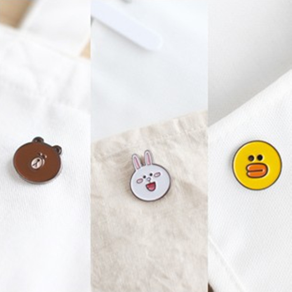 2016 free shipping Japanese accessories wholesale The lovely ducklings bear animal brooches(China (Mainland))