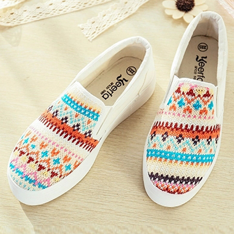 2015 New Spring Summer Casual Soft Canvas flats Round Toe Striped women flat platform shoes Slip-On Loafers size 35-39 JC-A835<br><br>Aliexpress