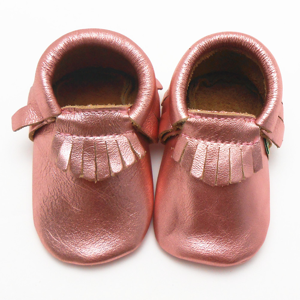 New Arrival Gold Pink Baby Moccasins Fringe Cow Leather Baby Shoes Girls Soft Newborn Shoes Baby First Walkers Free Shipping(China (Mainland))
