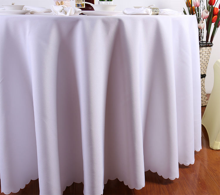 free shipping 10 pieces 132 inch white polyester banquet round plain linen tablecloth for wedding party(China (Mainland))