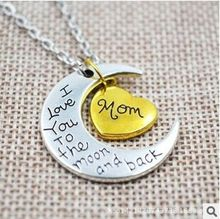 "N107 2015 New Design Silver Moon Wrapped Gold Heart Family Members ""I Love You To The Moon and Back"" Pendant Necklace(China (Mainland))"