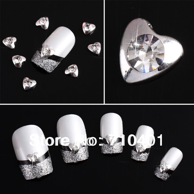 Hot Sale FREE SHIPPING Wholesale Xmas Silver Heart 50pcs 3D Alloy Rhinestone Nail Art Slice DIY Decoration Tool Gift Manicure
