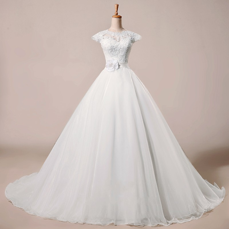 Elegant Lace Round Neckline Capped Sleeve Wedding Dress With Band Flowers Tulle Long Dress For