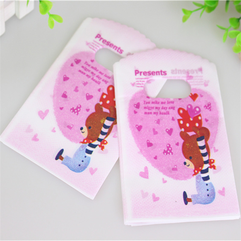 Hot Sale New Design Good Quality Wholesale 50pcs/lot 9*15cm Lovely Bear Small Plastic Party Present Packaging Bags(China (Mainland))