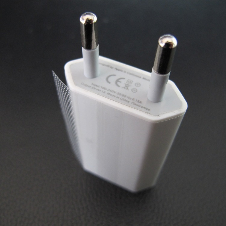 Гаджет  New! High Quality White European/USA USB AC Travel Wall Power Adapter EU/US Plug Charging Charger Adapter For iPhone 5 5s 4 4s None Бытовая электроника