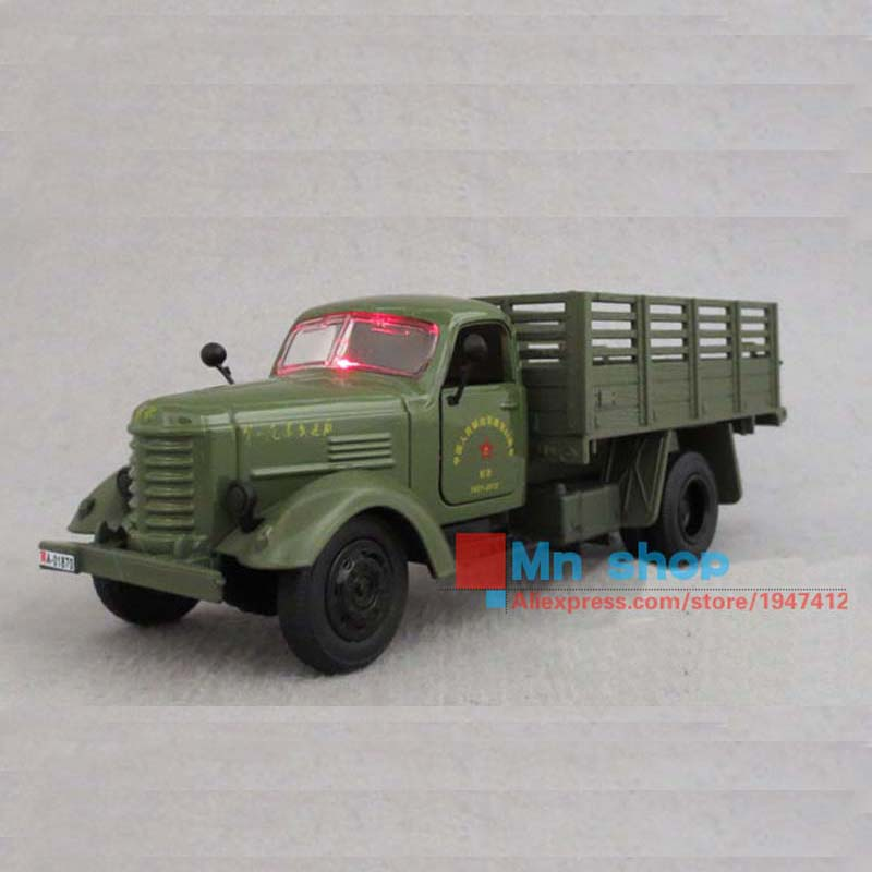 Collectible 1:32 Scale Jiefang Military Diecast Truck Model & light sound Army Green Truck Military Model Toys Free Shipping P45(China (Mainland))