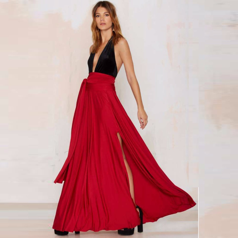 Midi skirts or tea length skirts feel very posh and fashion-forward. We love how fashion editors pair a midi skirt with turtleneck top for an easy elegant look. And nothing beats the romantic boho vibes of a maxi skirt.