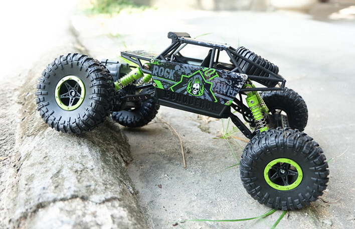 2.4G 4CH 4WD RC Car Rock Crawlers 4x4 Driving Car Double Motors Drive Bigfoot Car Remote Control Car Model Off-Road Vehicle Toy(China (Mainland))