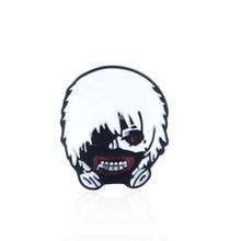 Tokyo Ghoul Dello Smalto Spilli Spilla Ken Kaneki Maschera Distintivo Spille per Le Donne Degli Uomini del Risvolto Spille Regalo Dei Monili(China)