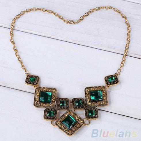 Retro Vintage Bronze Green Pendant Chain Necklace Women Party Gift 2JWO(China (Mainland))