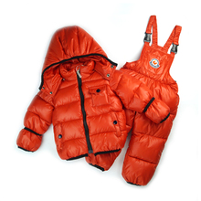 Foreign trade retail 1-6 years old pretty girl in winter ski new good quality wind 3pcs suit (hat + vest + pants)(China (Mainland))