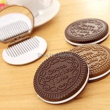 FD1652 Mini Pocket Chocolate Cookie Biscuits Compact Mirror With Comb ~Cute~(China (Mainland))