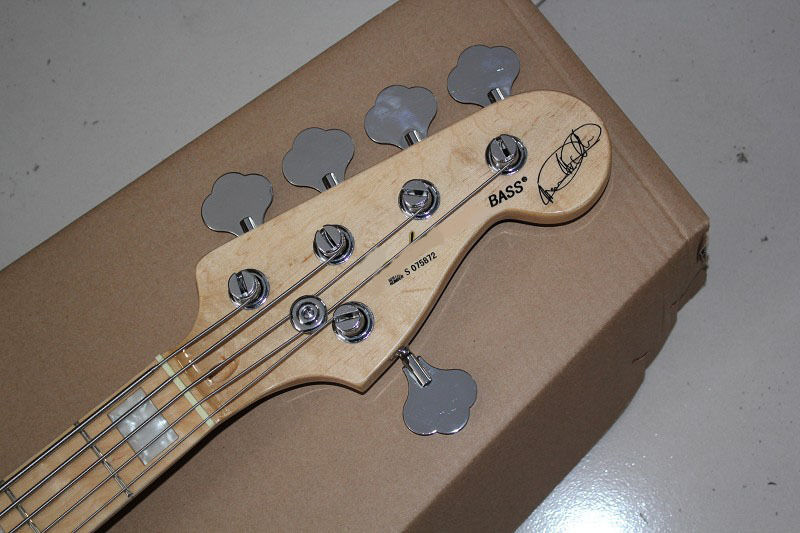 бас-гитара с активно схема
