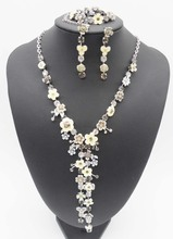 Fashion Silver Plated Light Yellow Grey Epoxy Flower Rhinestone Necklace Earrings Bracelet Jewelry Sets For Women Wedding Gift(China (Mainland))