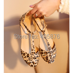 Free Shipping Leopard Print Flat Heel Women's Sandals Shoes new 2015 Summer Shoes Fashion Sandals Sweet(China (Mainland))