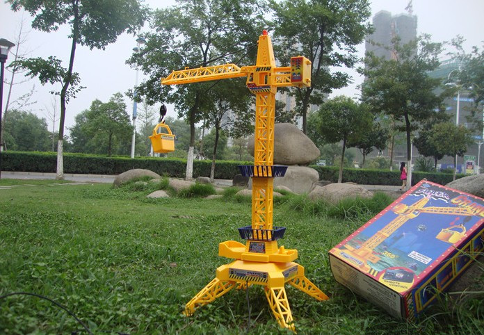 Rotate 360 degrees 6 channel 1 : 12 children's educational toys wire control construction tower crane,Sliding crane model Toys(China (Mainland))